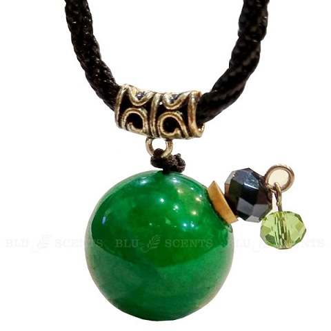 Agate gemstone aroma necklace